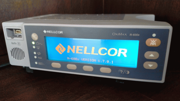 Nellcor OxiMax N-600X Tabletop Pulse Oximeter